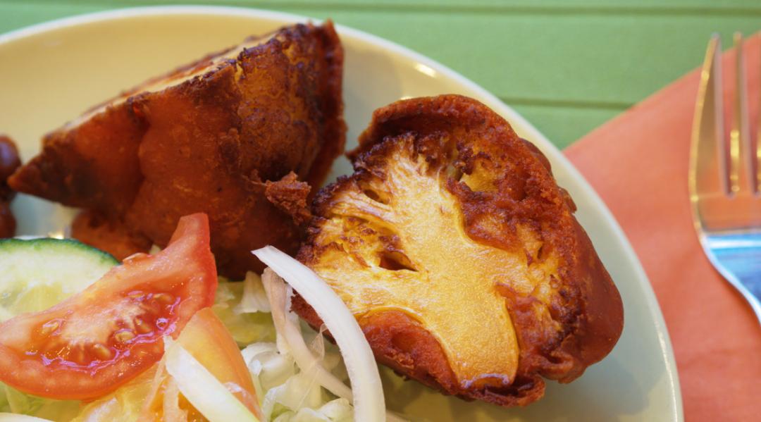 Cauliflower pakora at The Pakora Bar - so delicious!