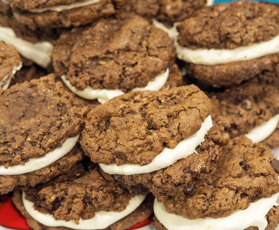 Vegan cookie sandwiches by Missys Vegan Cupcakes