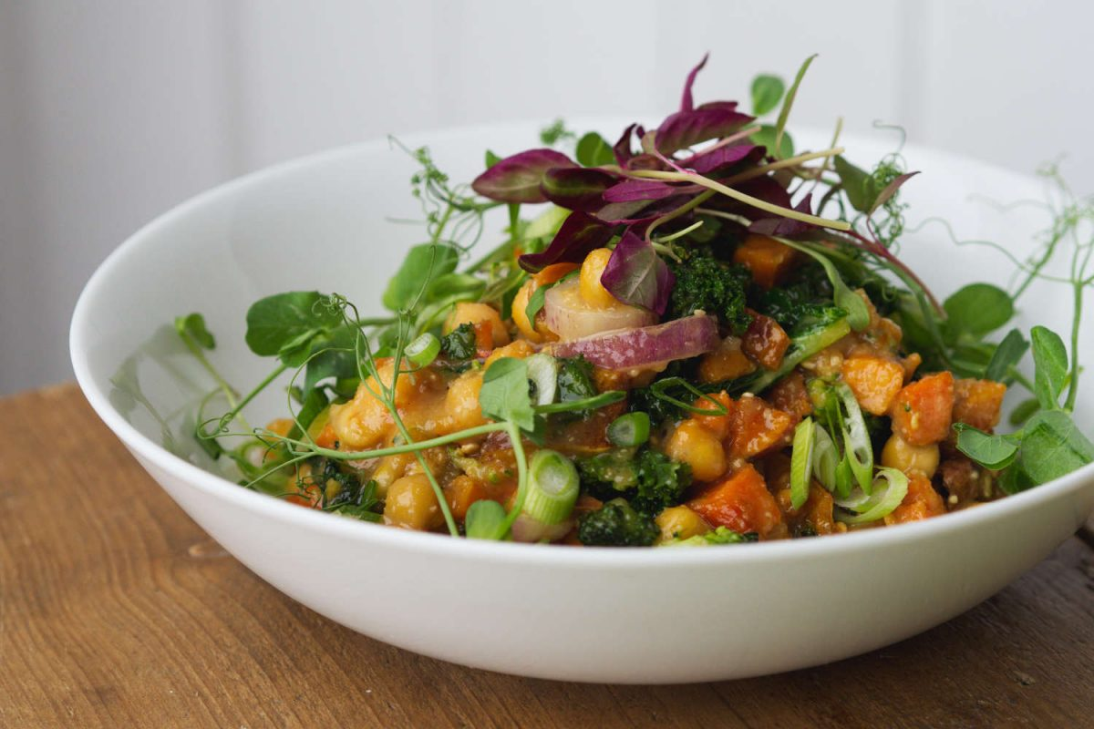 Vegan chickpea bowl at Kcal Kitchen, Edinburgh