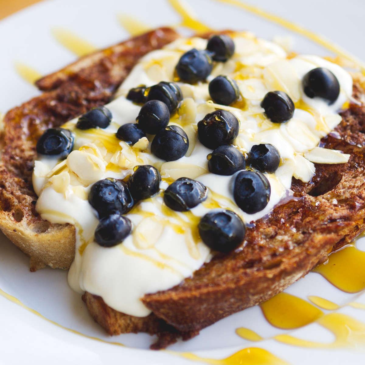Vegan french toast at Chapter One Coffee Shop, Edinburgh