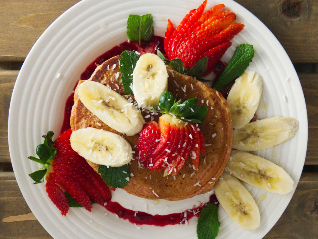 Vegan strawberry and banana pancakes at Seeds for the Soul, Edinburgh