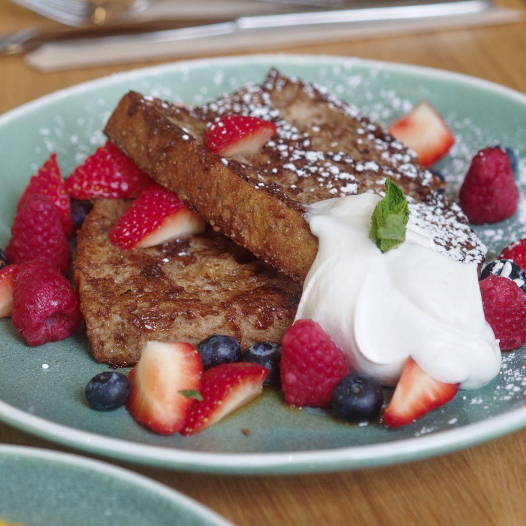 Vegan french toast and berries at Bakery Andante, Edinburgh